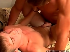 Young blonde fucked by a hot top and cumming
