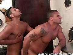 Gay Bottom Bruno Likes It Big
