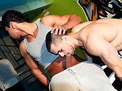 Gym Rats Fuck Raw Anal - OutInPublic